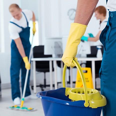 cleanclub-blogartikel-ergonomie-bei-der-reinigung-blogartikelbildnEmKBV0g2zFlA